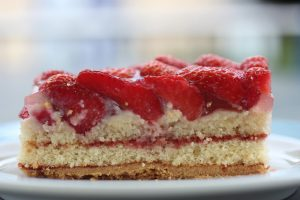 Guilt-Free Strawberry Cheesecake Torte Recipe