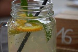 Homemade Crockpot Lemonade Recipe