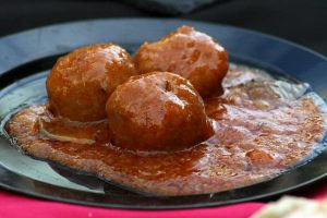 Italian Spaghetti Sauce with Meatballs Recipe