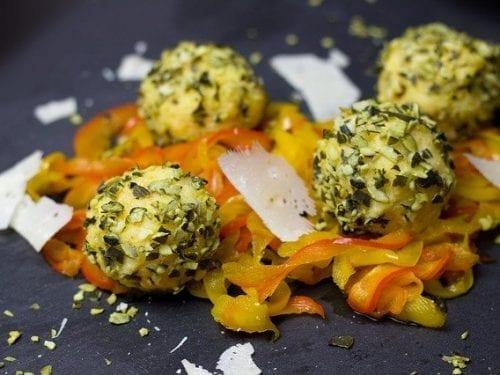 macadamia cheese ball