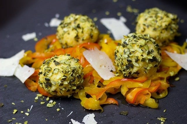 Macadamia Cheese Ball Recipe