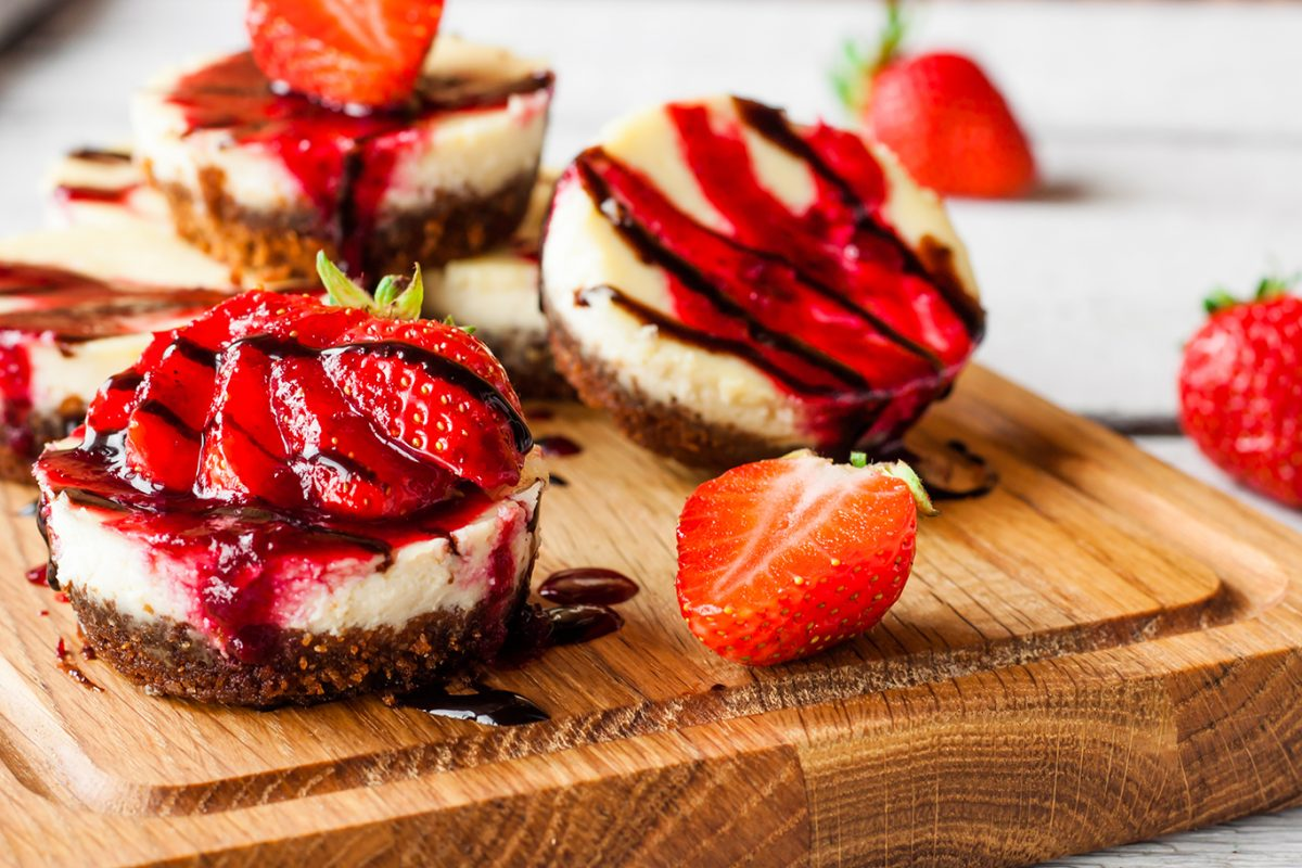 mini strawberry swirl cheesecakes