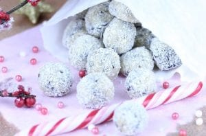 M&M's Crunchy Snowballs Recipe