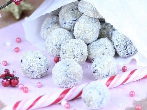 M&M's Crunchy Snowballs