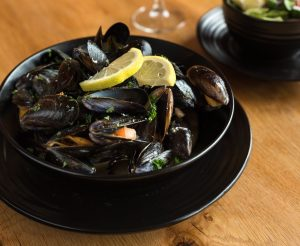 Mussels With White Wine Sauce Recipe