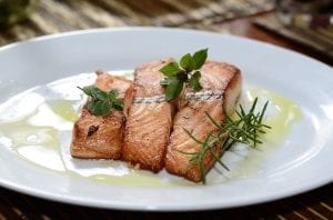 Pan-Fried Salmon Fillets with Horseradish Sauce Recipe