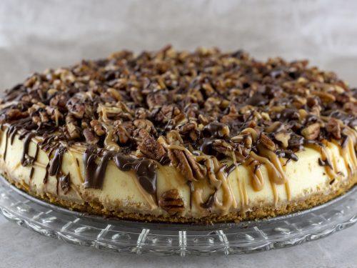 peanut butter pecan turtle cheesecake