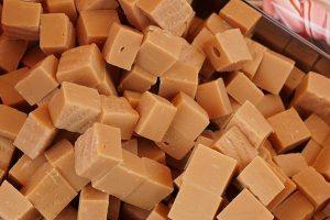 Pumpkin Fudge Candy Squares Recipe