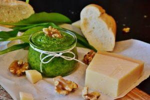 Quick-Layered Pesto Spread Recipe