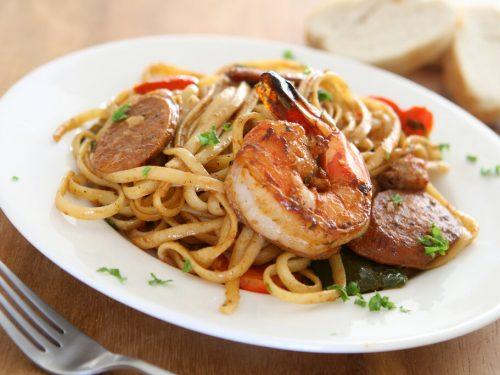 Cajun Jambalaya Pasta Recipe, cajun jambalaya pasta with chicken, shrimp, and sausage