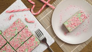 Christmas Mint Cheesecake Bars Recipe