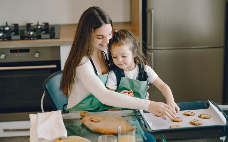 Working Mom In the Kitchen