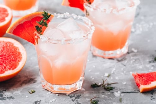 Paloma Tequila Cocktail Recipe - Sweet and sour paloma tequila with grapefruit soda