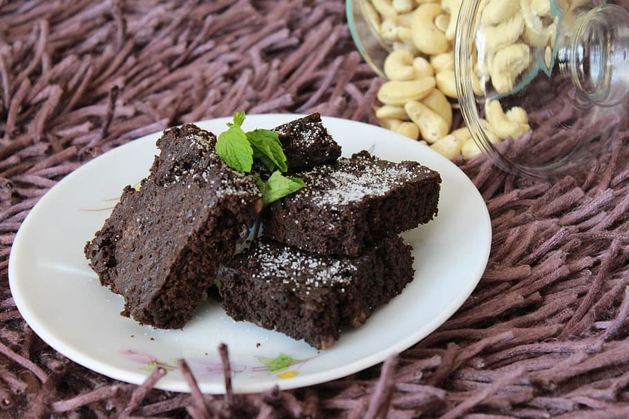 Classic Dense Brownies with Powdered Sugar Recipe