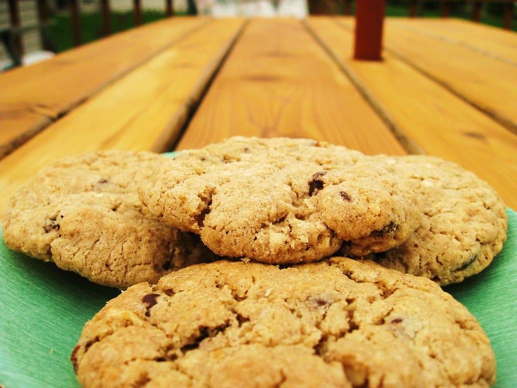 Fruity Oatmeal Cookies Recipe