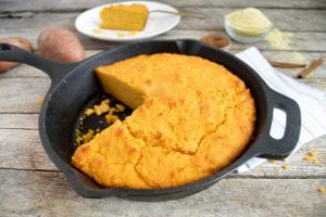 Copycat Old Country Buffet's Sweet Cornbread Recipe