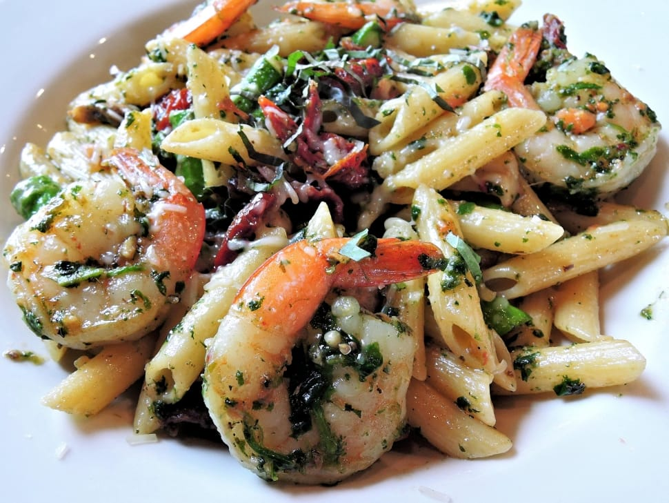 Penne Pasta with Shrimp, Asparagus, and Pepper Recipe