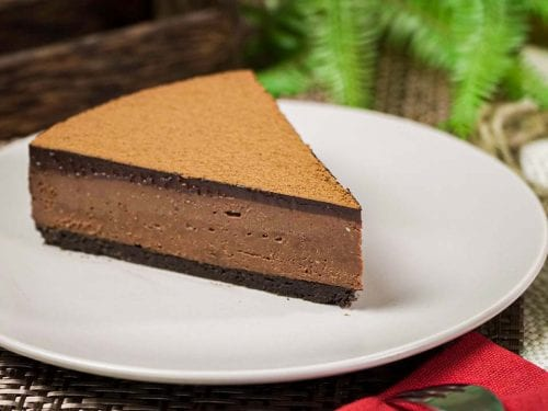 Decadent Chocolate Cheesecake Recipe - Sweet and creamy no bake chocolate cheesecake