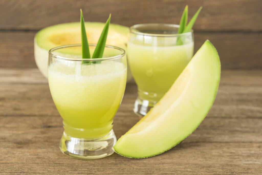 Honeydew Smoothie Recipe, gluten free fruit smoothie with Greek yogurt