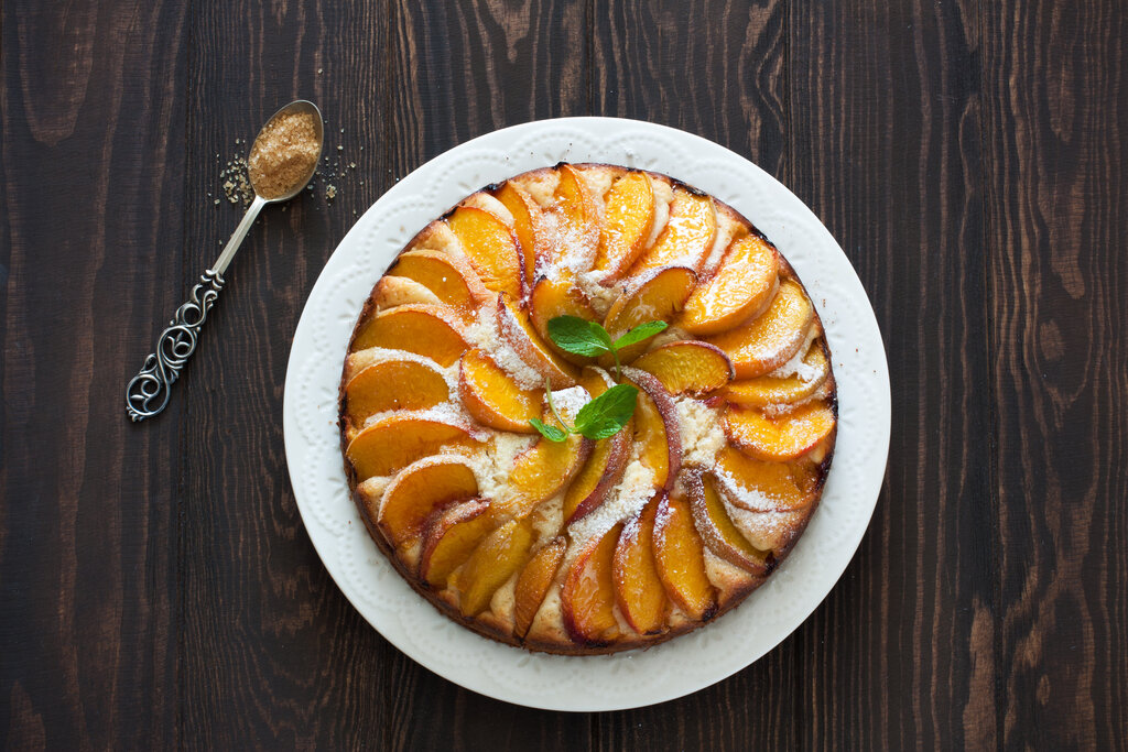 Open Face Peach Cake Recipe, a sweet fruit cake with fresh peach slices on top