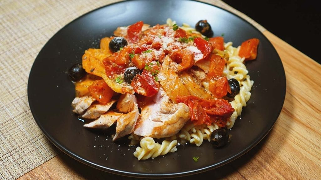 Mediterranean Chicken Breast with Fennel and Tomatoes