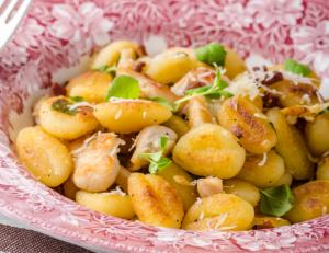 Chicken Gnocchi in Pesto Sauce Recipe