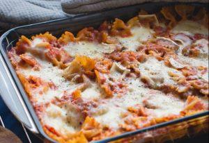 Classic Lasagna with Meat Sauce Recipe