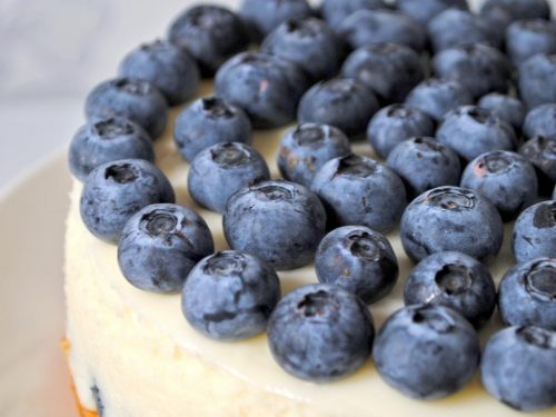 easy blueberry cake with cream cheese icing
