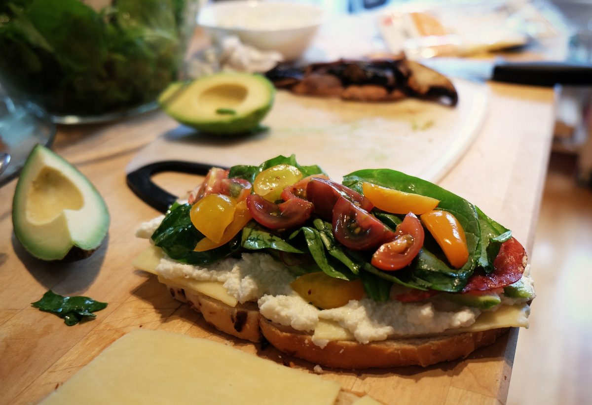 mediterranean sandwich, healthy food
