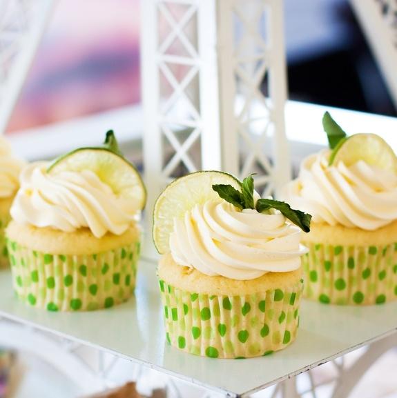 3-Ingredient Soda Pop Cupcakes Recipe