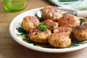 Easy Turkey Quinoa Meatballs Recipe
