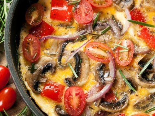 tomato and mushroom omelet