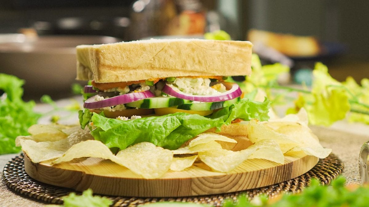 Copycat Paneras Mediterranean Veggie Sandwich