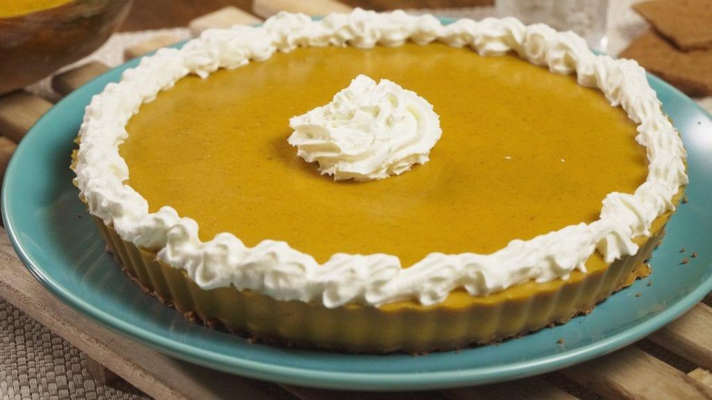 No Bake Pumpkin Pie Recipe, easy no bake pumpkin pie with graham cracker crust