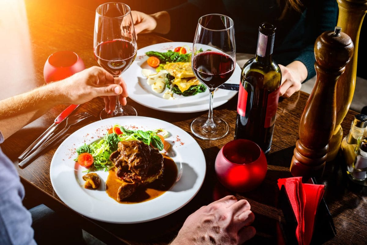 65 Easy Romantic Dinner Ideas For Two: Best Valentine's Day Recipes
