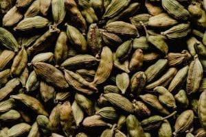 What Are Cardamom Pods and Delicious Ways To Cook It