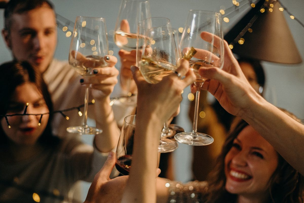 Sweet Wines: All About Its Types & Best Brands To Try