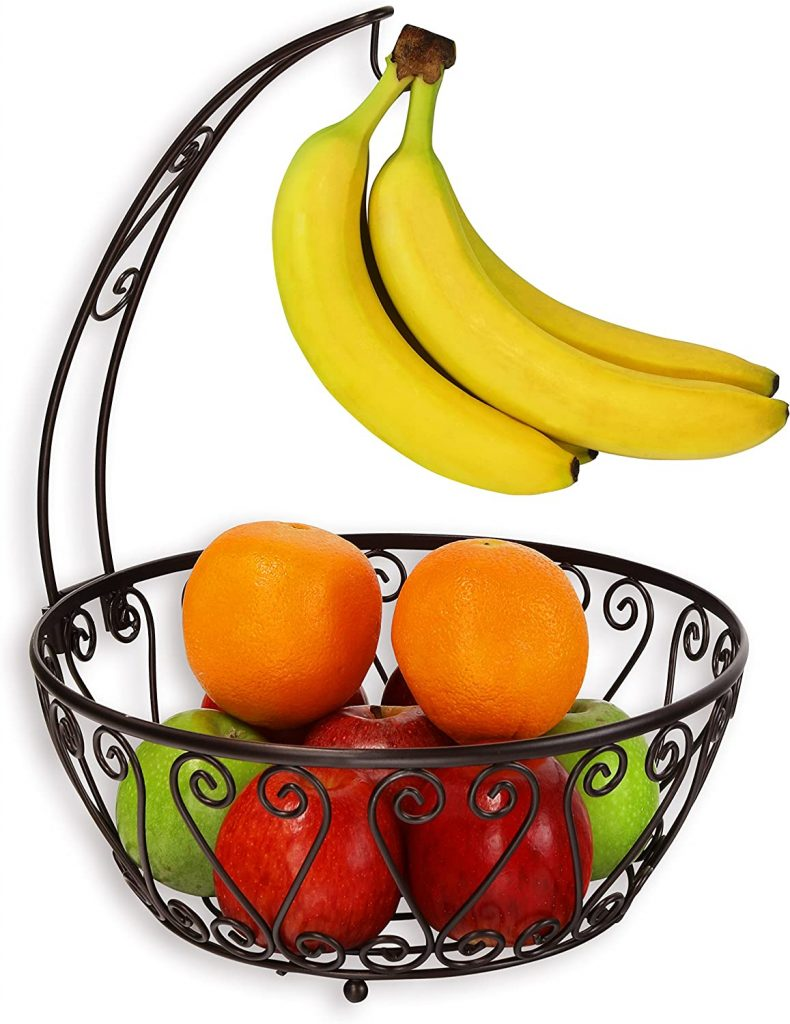 Metal wire basket with banana hanger