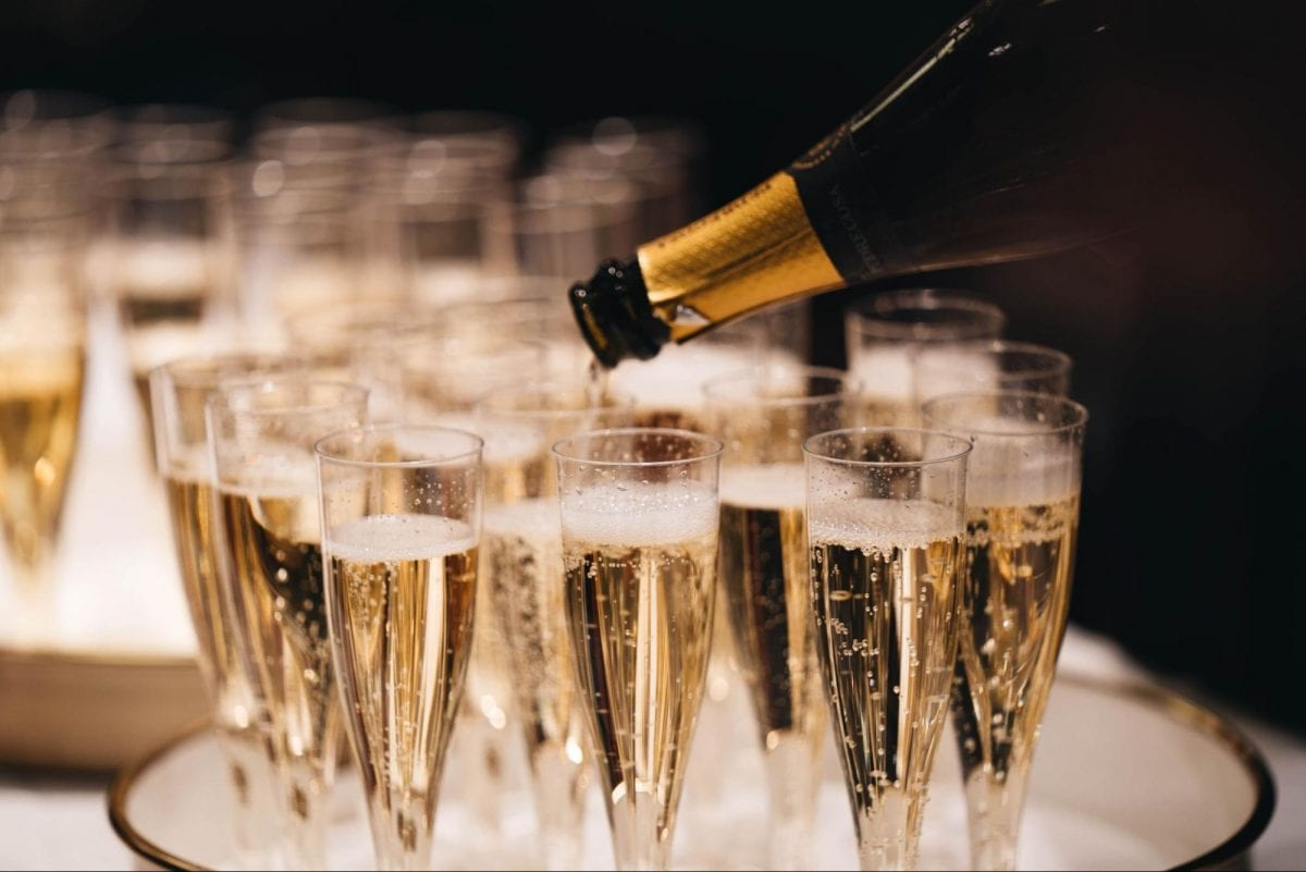 10 Best Champagne Glasses to Buy in 2021
