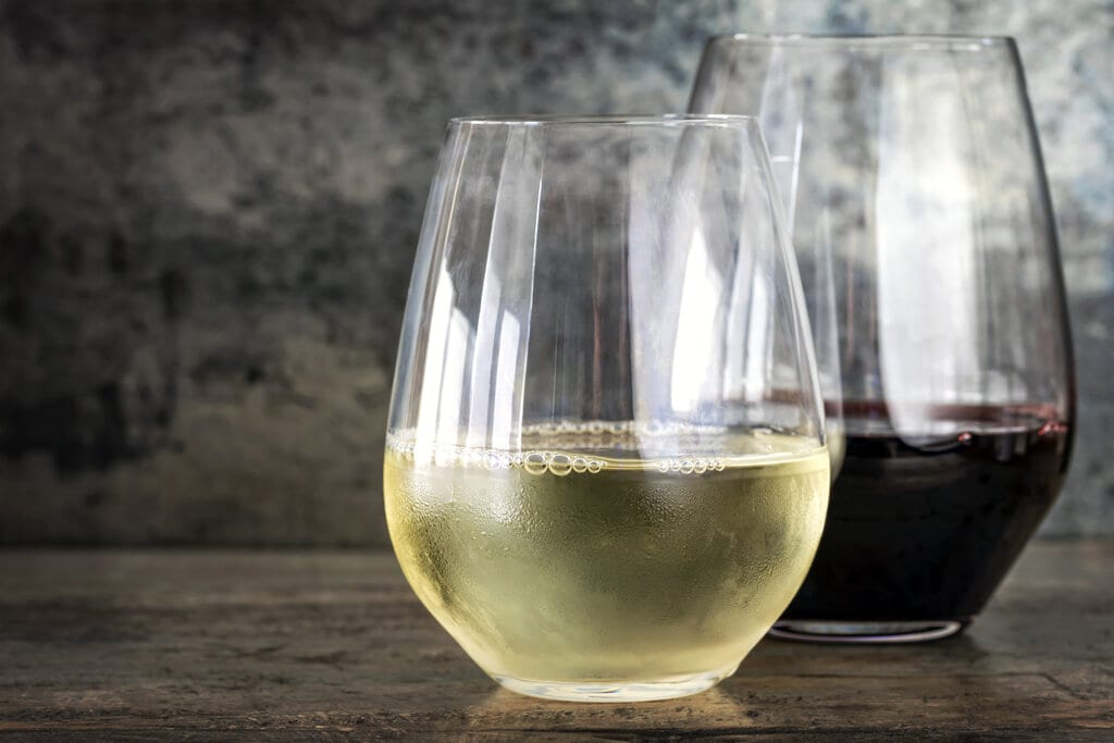 12 Best Stemless Wine Glasses for Your Favorite Drink