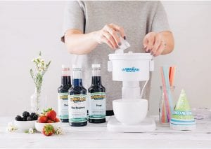 What to Look For In a Snow Cone Machine, vintage snow cone maker