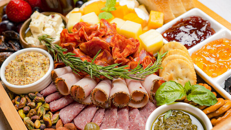 How To Make a Fabulous Charcuterie Board That Will Wow Your Guests
