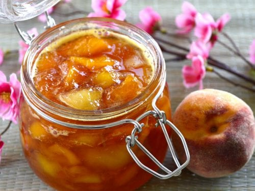 Easy Sweet Peach Sauce Recipe, peach sauce for ice cream with almond extract
