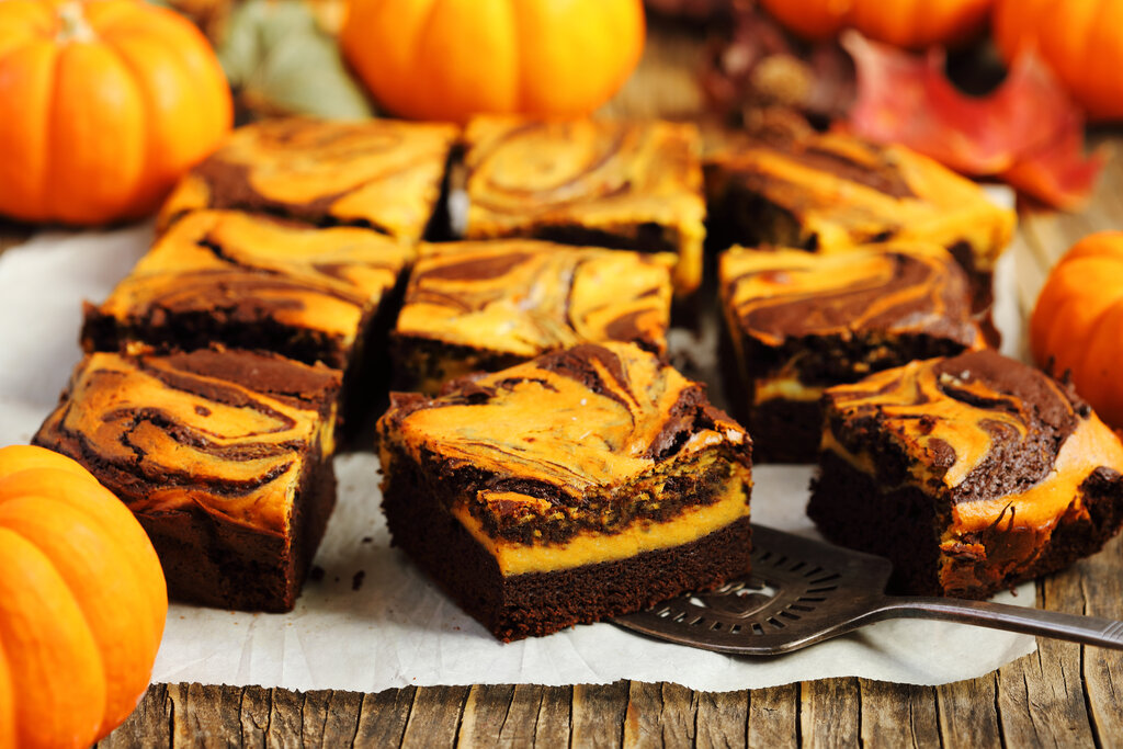 Easy Pumpkin Brownies Recipe, fudgy chocolate brownies with cream cheese filling