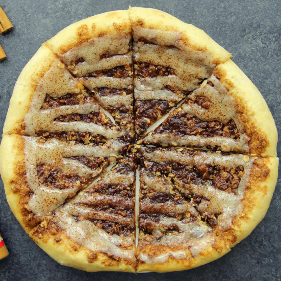 Cinnamon Roll Dessert Pizza Recipe