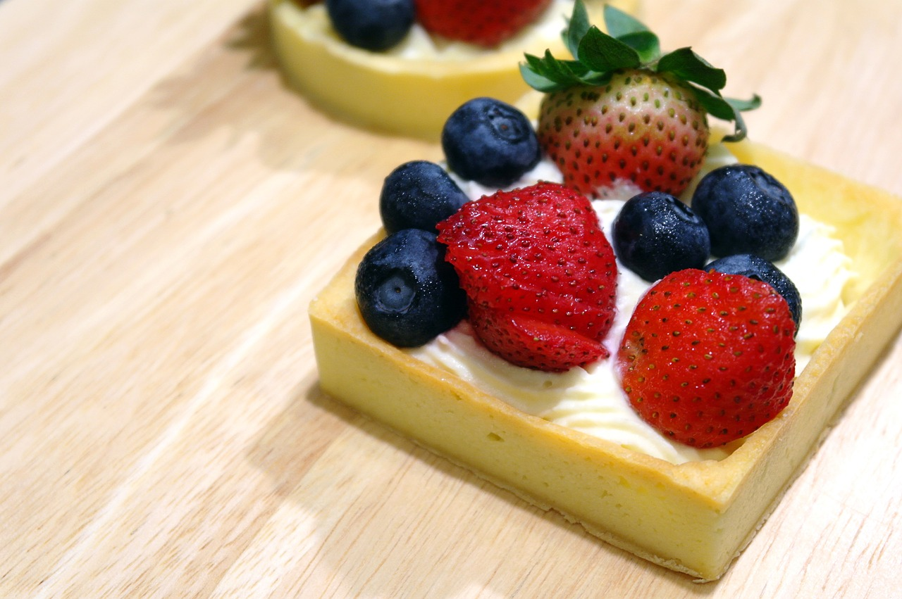 Fruit Tarts with Ricotta Cream Filling Recipe