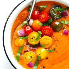 10-Minute Gazpacho Recipe