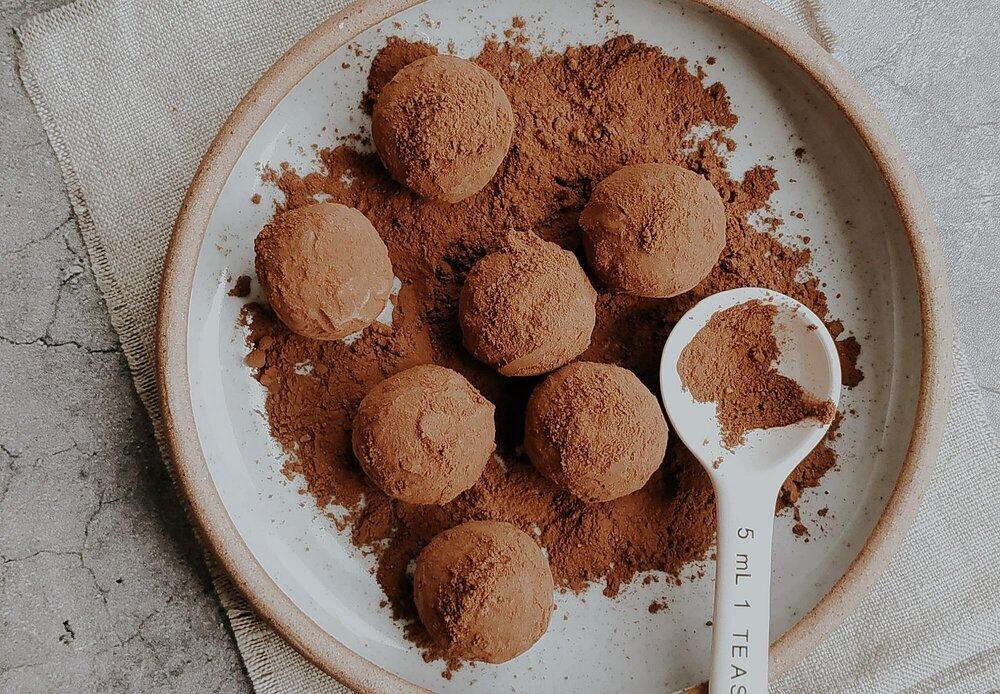 5-Ingredient Whiskey Chocolate Truffles Recipe