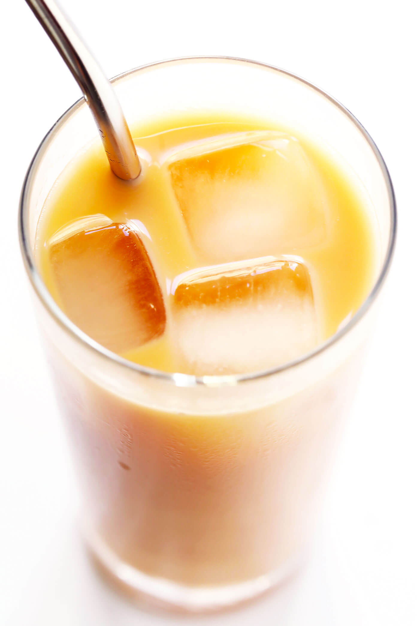 5-Minute Iced Rooibos Latte Recipe