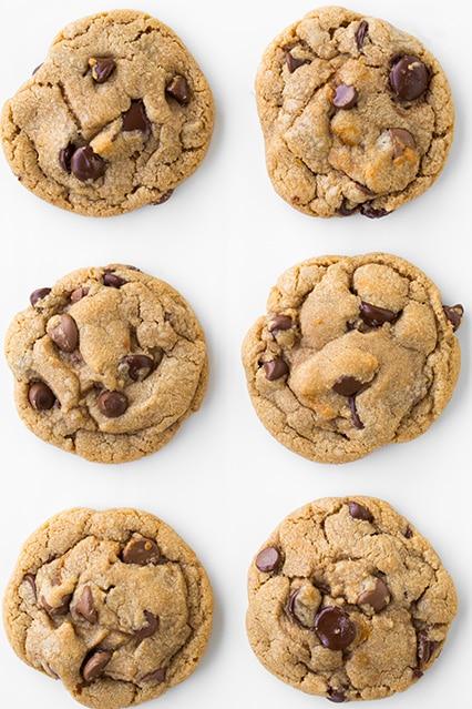Browned Butter-Cinnamon Dulce De Leche Stuffed Chocolate Chip Cookies Recipe